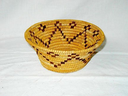 3016: Indian Grass Basket