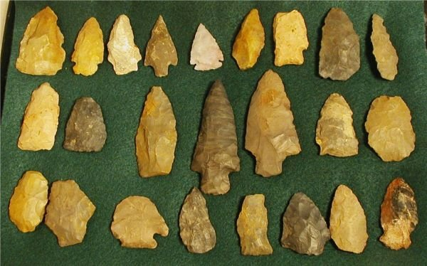 3012: 8 x 12 Frame of 27 Arrowheads from Southern Ohio