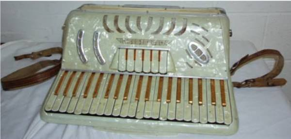 2017: Lirac Accordian Model 30 Made in Italy