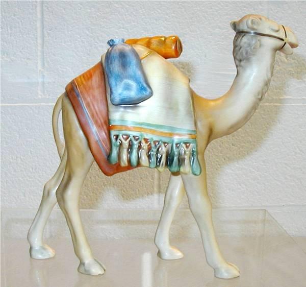 2100: Goebel Hummel Large Camel of Hummel Nativity Set - 2