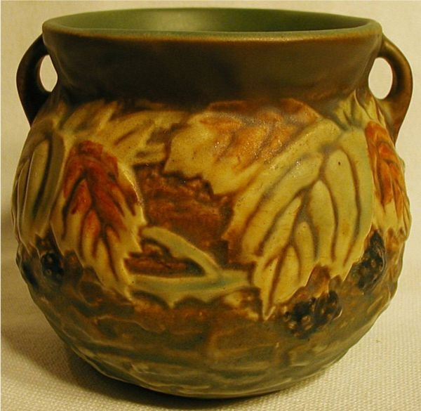 2011: Roseville Blackberry #567-4 Vase, Excellent Condi
