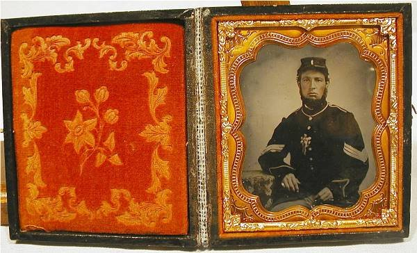 4001: Civil War Union Sergeant in Patriotic Case, 1/4 P