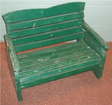 1016: Child's Slat Back Bench