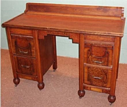 1024: Arts & Craft Dressing Table