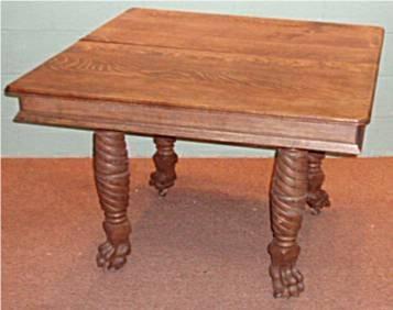 2062: Quartersawn Oak Clawfooted & Spiral Legged Table