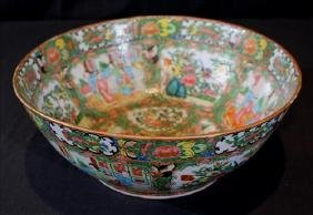Very large Rose Medallion 19th Century bowl
