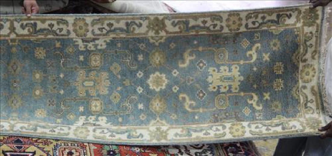 Fine Oushak rug, 2.6 x 20.3 - 2