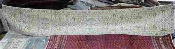 Oushak rug, 2.7 x 16.2