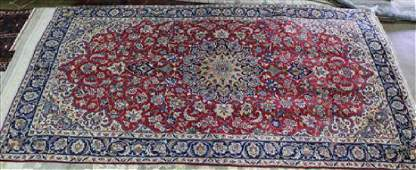 Semi antique Persian Isfahan rug 72 x 11