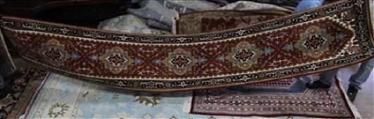 Fine Serapi rug, 2.6 x 16.2