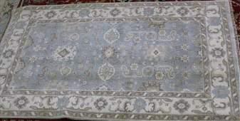 Fine Oushak rug, 5.2 x 8