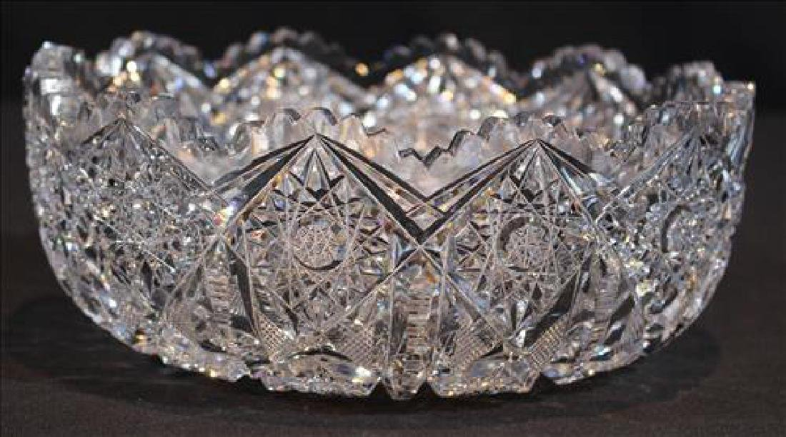 Beautiful brilliant cut glass bowl, 4 in. T, 9  in.
