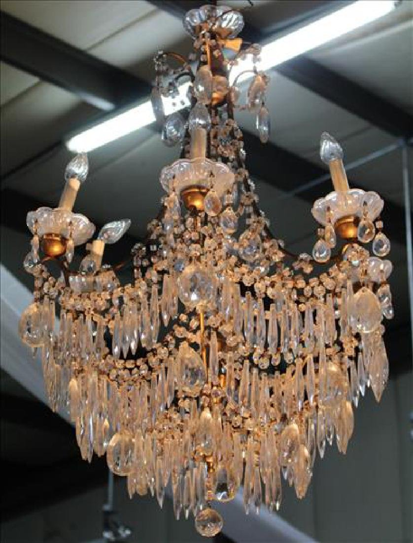 Crystal chandelier with 6 arms and hundreds of prisms
