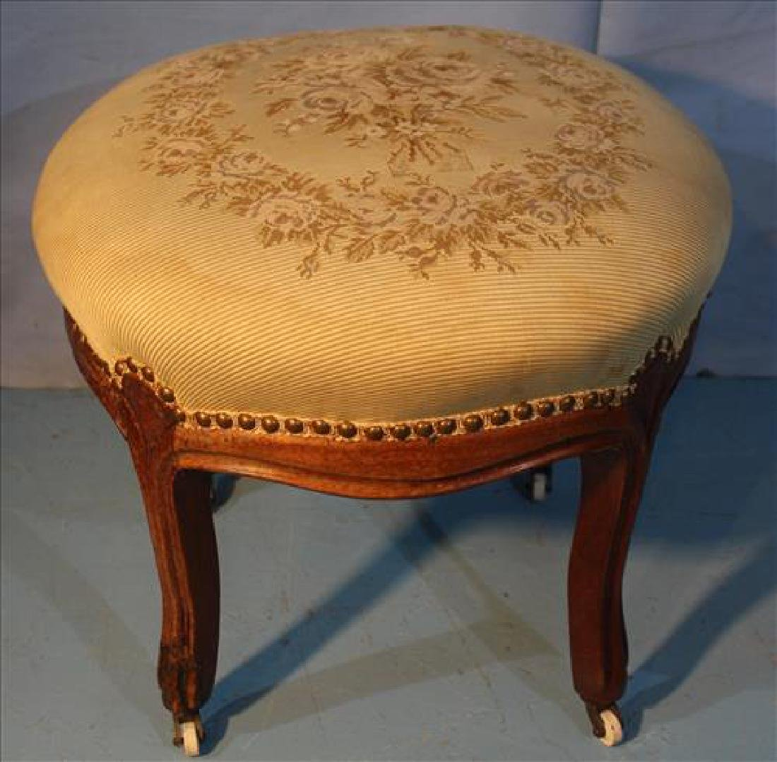 French needlepoint stool, 15 in .T, 18 in. Dia.