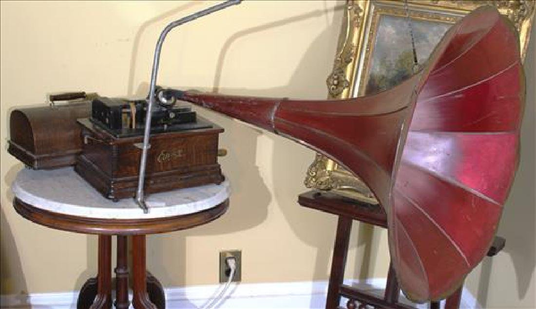 Edison phonograph in original case in working order