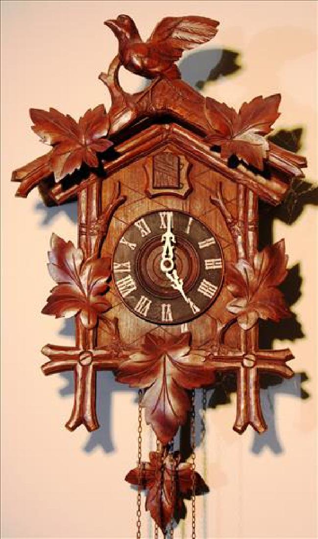 German wall hanging coo coo clock in working order - 2
