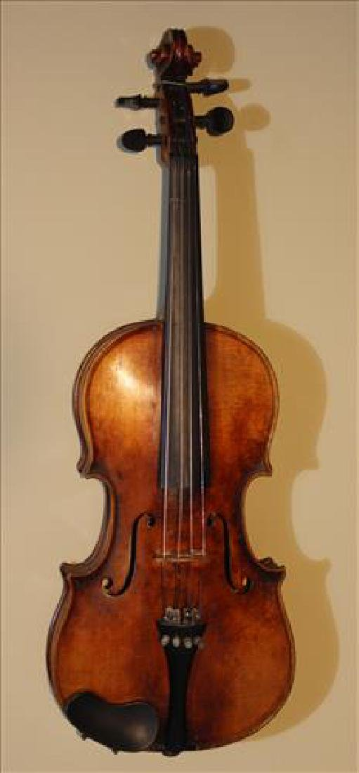 Old antique violin with original carrying case