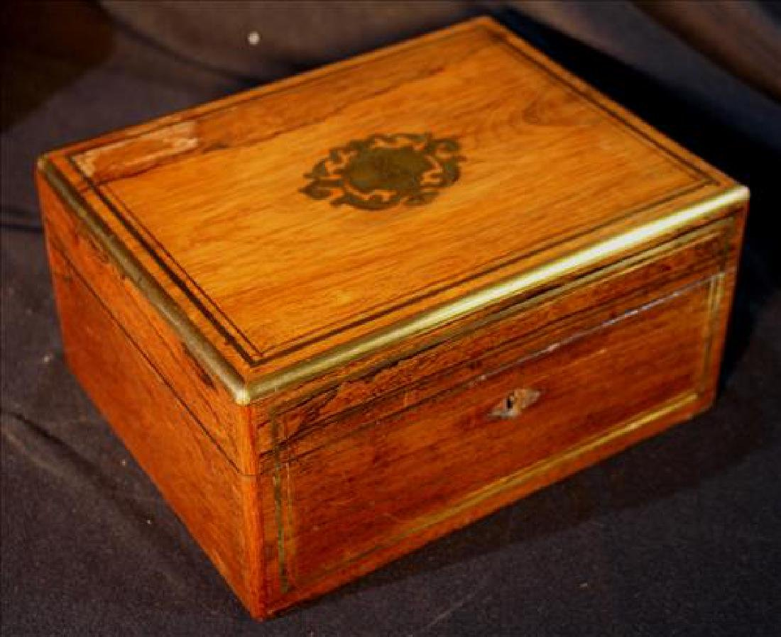 Rosewood Victorian jewelry box with crest on top, FMG