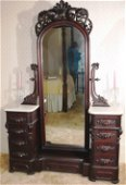 Walnut Victorian cheval dresser, attrib. to Meeks