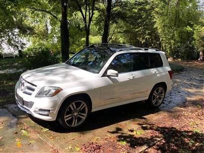 2014 GLK 350 Mercedes, 83,000 miles, white in color