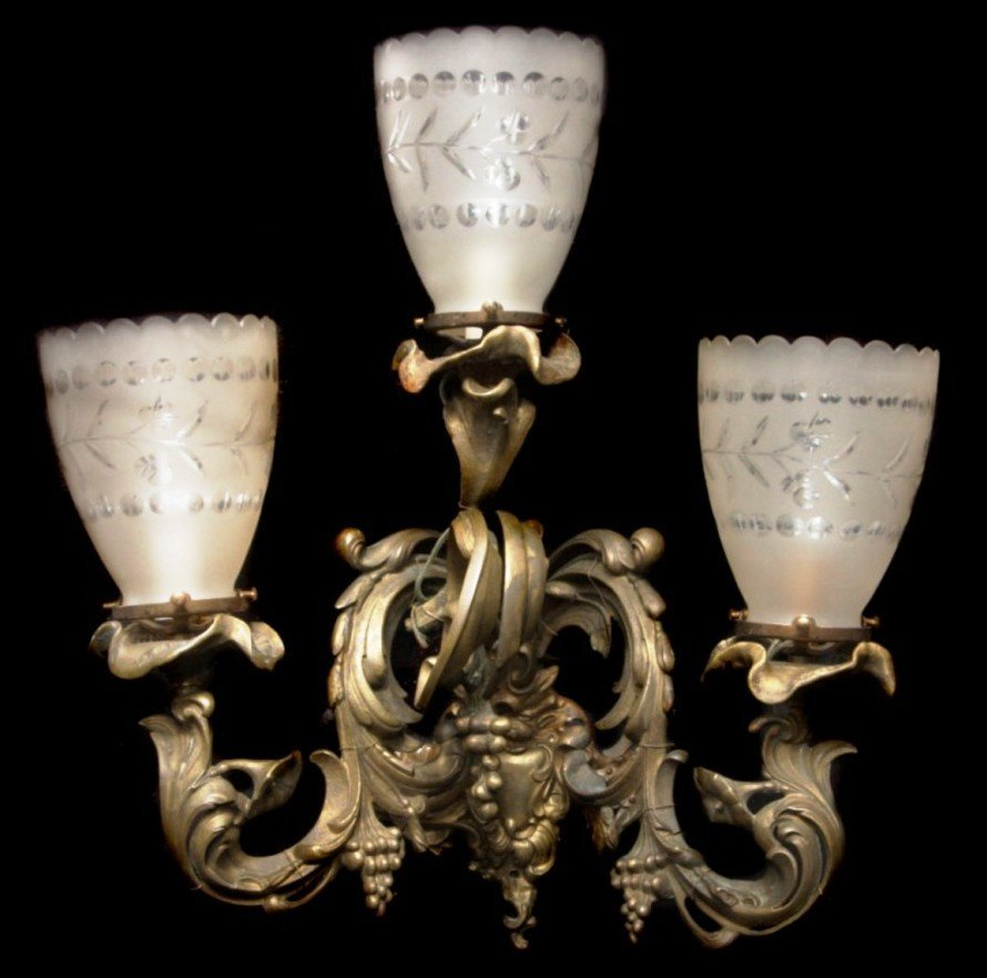 Set of Four 19th century Rococo Bronze Wall Sconces wit