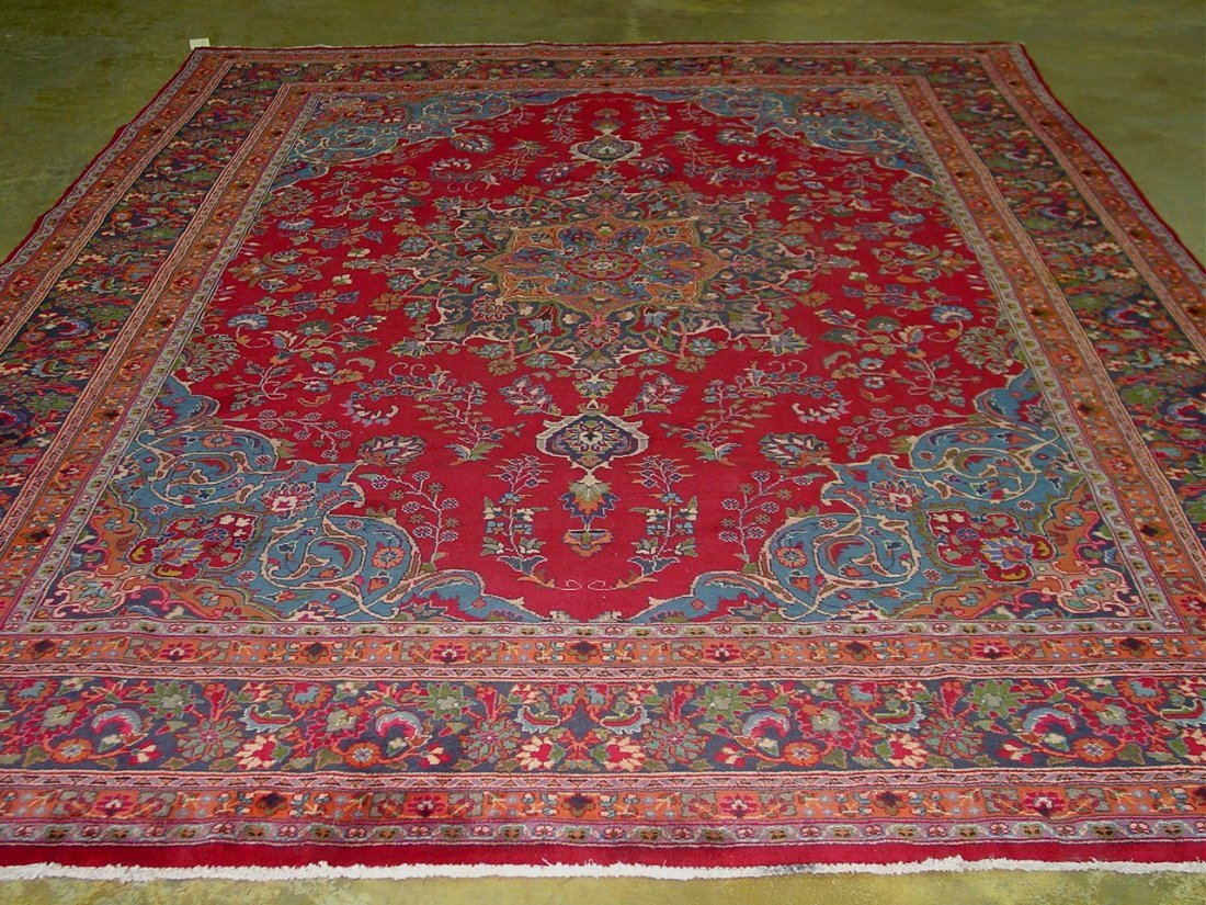 18 Hand make Persian rug, 9ft 9in x 13ft. 3in. -