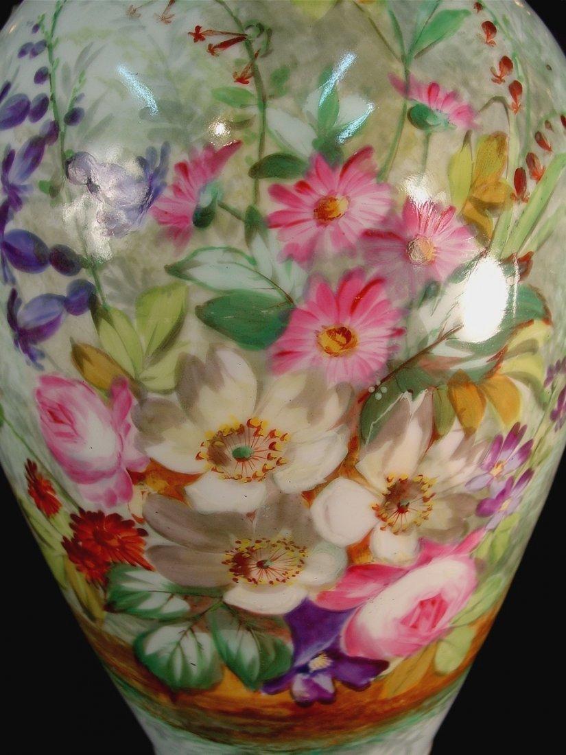 277: Pair of Old Paris vases with multiple flowers, in - 2
