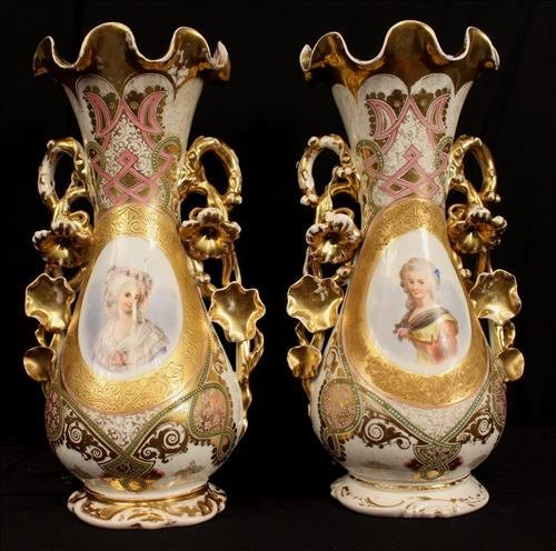 Pair of Old Paris portrait vases, ca. 1860