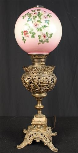Victorian banquet lamp, has been electrified