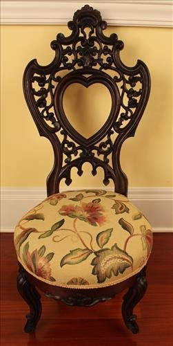 Rococo laminated heart back music chair