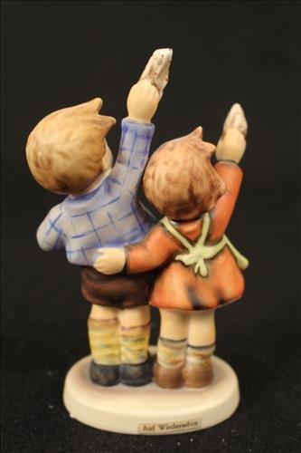 Hummel porcelain doll - AUF Wiedersehen - 2