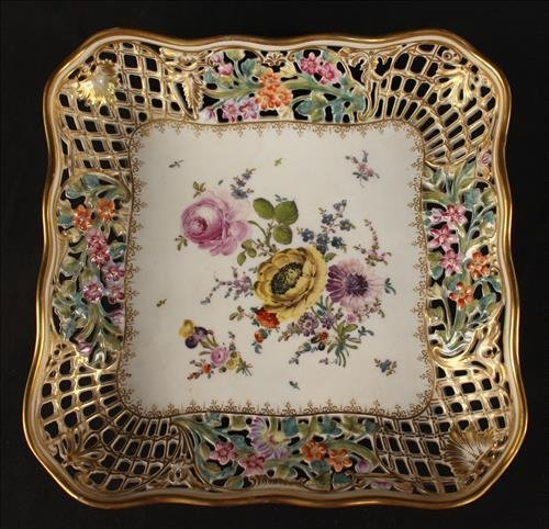 Meissen card receiver with flowers and gold paint