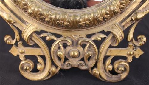 Very fine brass dresser mirror with ladies - 3