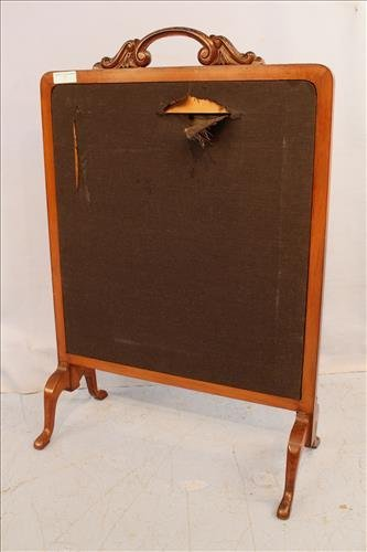Walnut Victorian fire screen with needlepoint - 3