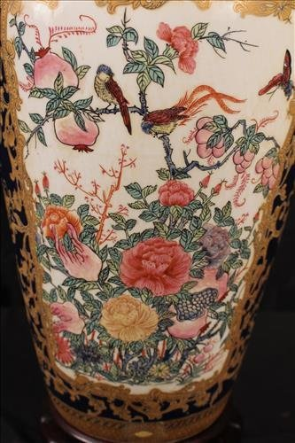 Chinese hand painted capped urn - 2
