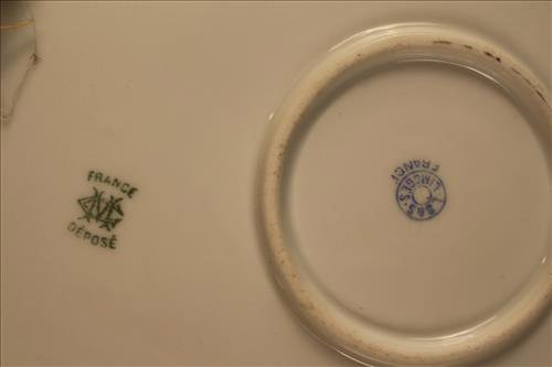 Hand painted Limoges tray, artist signed - 4