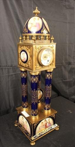 German porcelain and bronze pillow clock - 6