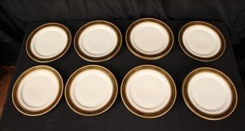12 luncheon plates Ovington Bros's NY T.V. Limoges