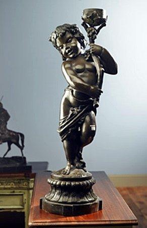 Bronze statue (26011)