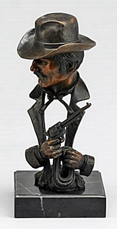 Old West Sheriff with Gun and Rope (26371)
