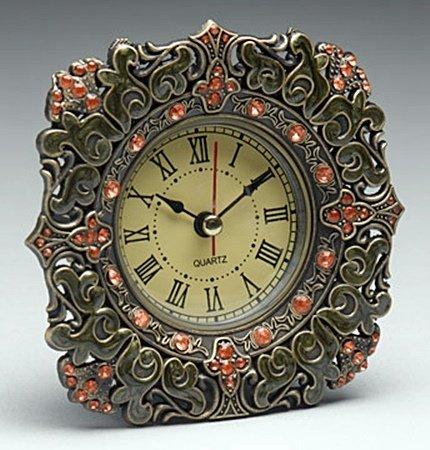 Clock (24479)