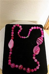 PINK AND WHITE AGATES, NATURAL STONE NECKLACE