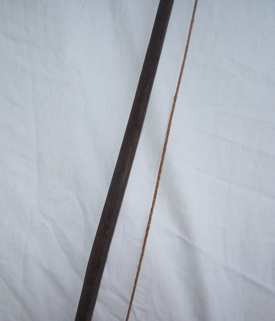 Vintage Authentic South American Indian Bow and Arrow - 6
