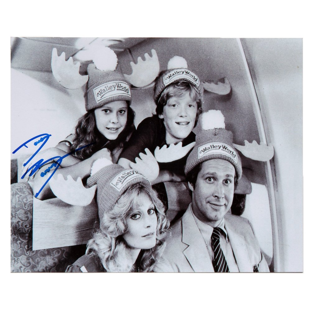 Dana Barron Sgd 8x10 Photo Cast National Lampoon's(Ex)
