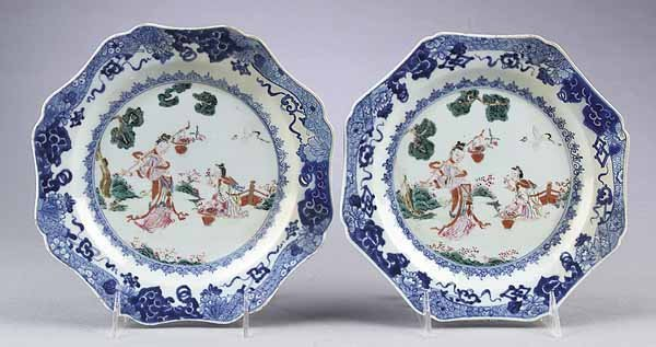 737: Pair of Chinese Export Porcelain Octagonal Plates