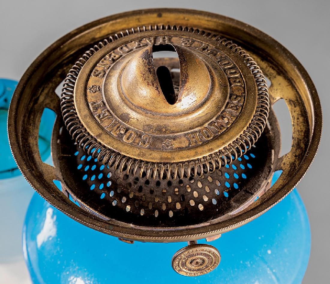 Ripley Clambroth Glass Wedding Lamp - 2