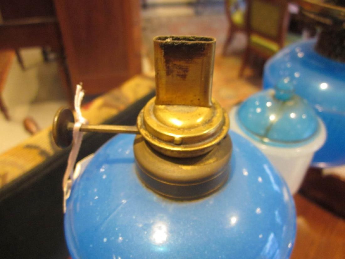 Ripley Clambroth Glass Wedding Lamp - 7