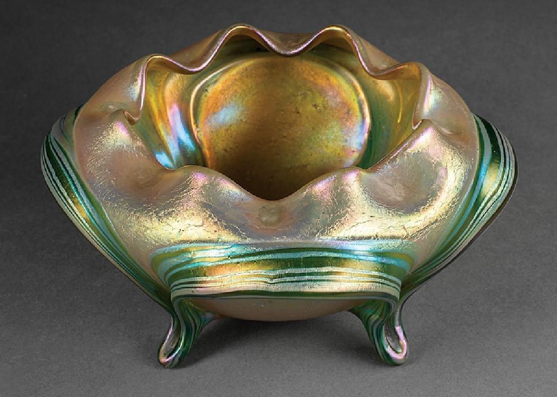 Green Iridescent Art Glass Bowl attr. Loetz - 2