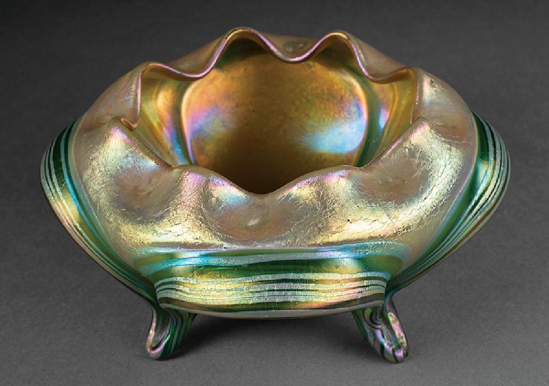 Green Iridescent Art Glass Bowl attr. Loetz - 5
