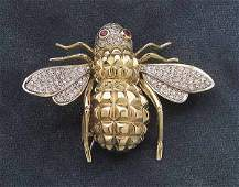 0654 14 kt Yellow Gold Diamond and Ruby Bee Pin
